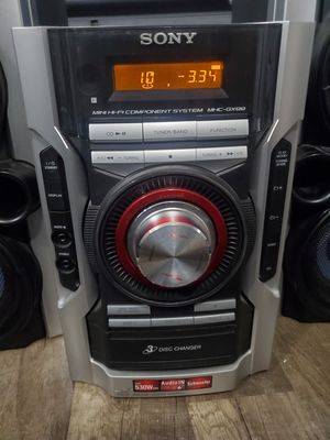 Sony 540 watt stereo system for Sale in Cleveland, OH