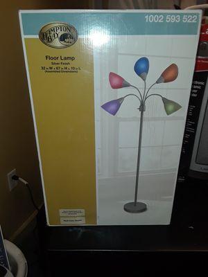 Hampton bay multi bulb lamp for Sale in Vestal, NY
