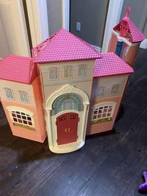 Barbie house for Sale in Highland, CA