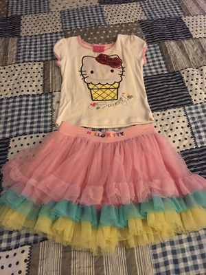 Girl outfit for Sale in Bakersfield, CA
