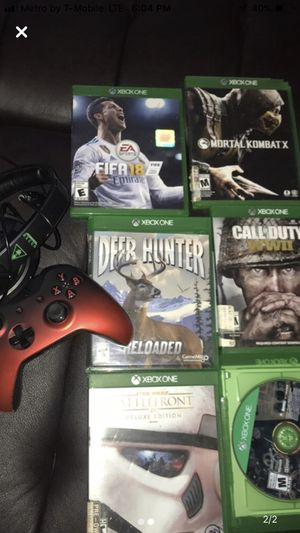 Xbox 1 Controller headset and Games for Sale in Dallas, TX