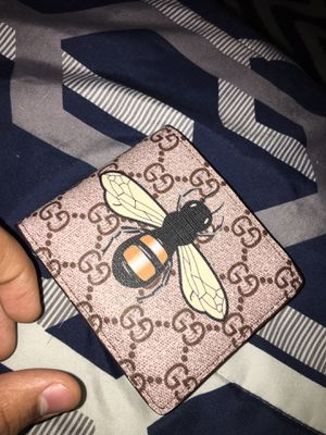 Gucci wallet for Sale in Oak Park, IL