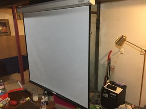 Edson projector/ pull down screen for Sale in Oakdale, MN