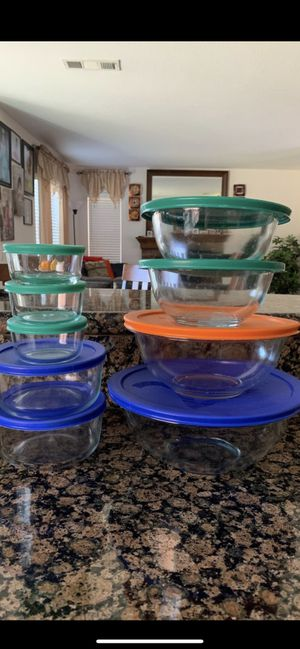 Pyrex Everything for $20 for Sale in Murrieta, CA