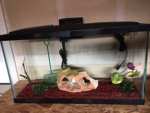 20 Gallon Aquarium Fish Tank for Sale in Bonney Lake, WA