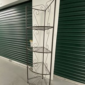 Charming Corner Shelf for Sale in Paramus, NJ