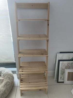 Ladder book shelf for Sale in Miami, FL