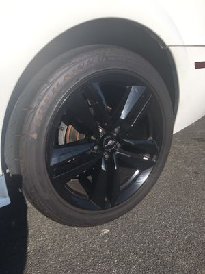 Mustang 19inch rims for Sale in Placentia, CA