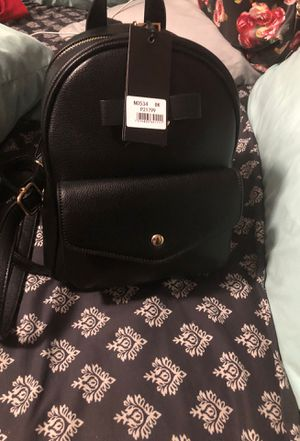 Purse/backpacks for Sale in Norwalk, CA