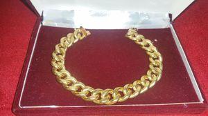 18 karat solid gold bracelet,39 grams for Sale in Santa Monica, CA