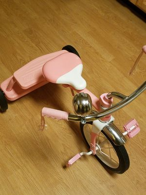 Toddler girl bike great conditions for Sale in Passaic, NJ