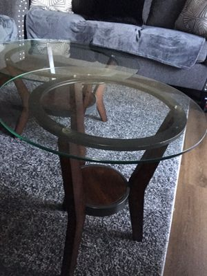 End table and coffee table, please serious buyer only for Sale in Fresno, CA