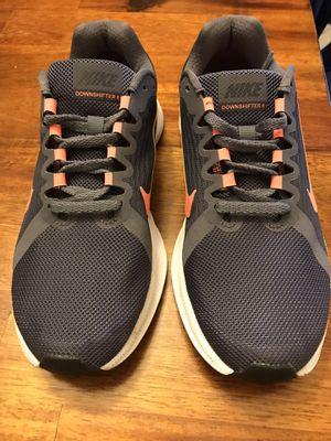 Women's Nike Running shoes size 6 for Sale in Harrison, TN