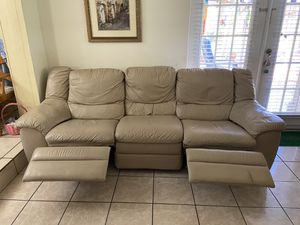 Real Leather Recliner Sofa-Perfect Condition for Sale in Miami, FL
