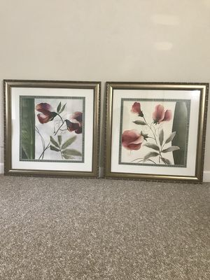 Picture Set for Sale in Washington, MD