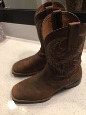Ariat Boots Size 9 for Sale in Fresno, CA