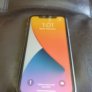 Purple Iphone 11 64gb T Mobile Simple Mobile Or Metropcs for Sale in Miami, FL