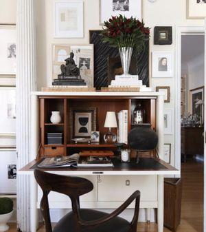 Heritage hideaway desk and chair for Sale in Berkeley, CA