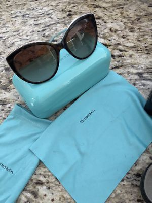 Authentic Tiffany & co sunglasses for Sale in Ooltewah, TN