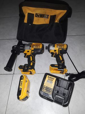 DEWALT XR 2-Tool 20-Volt Max Brushless Power Tool Combo Kit with Soft Case (Charger Included and 2.0 ah. Batterie Included for Sale in Anaheim, CA