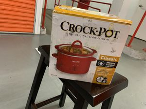 CROCK POT for Sale in Valley Stream, NY