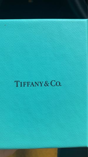 Tiffany & co necklace for Sale in Irving, TX