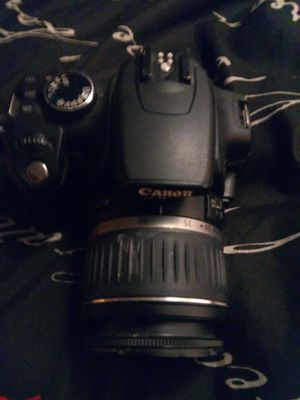 Canon camera missing battery for Sale in CORP CHRISTI, TX
