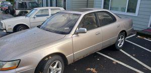 1994 LEXUS ES300 for Sale in Portland, OR