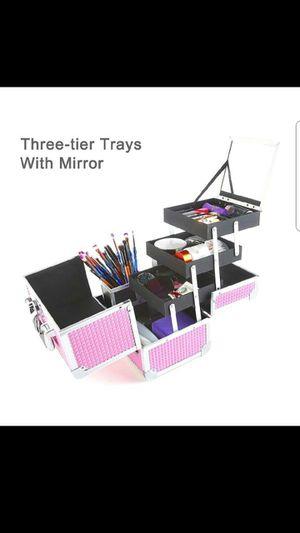 Train Case, Professional Cosmetic Case Makeup Storage Organizer for Sale in Grand Prairie, TX