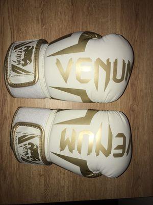 Venom Boxing Gloves for Sale in Albuquerque, NM