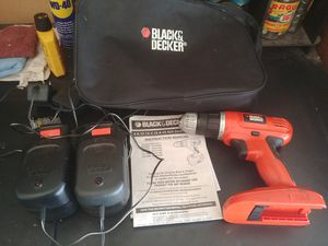 Black and Decker 18v battery powered drill/driver gc01800 with 2 chargers and 2 batteries for Sale in Springfield, MO