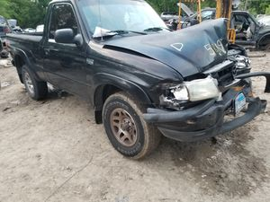 Parts only partes partes partes solamente ford ranger 2002 mazda B3000 2002 motor 3.0 transmissions standard for Sale in Dallas, TX