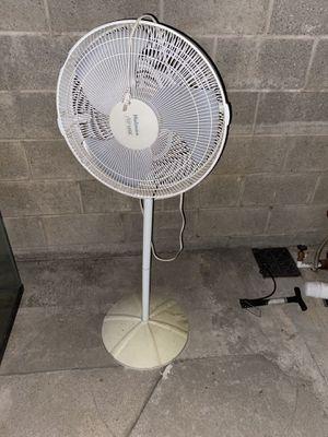 Free Fan for Sale in West Covina, CA