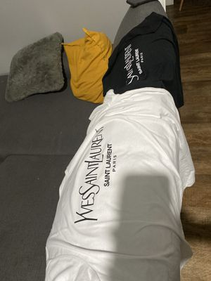 Ysl balenciaga and Burberry t shirts for Sale in Riverside, CA