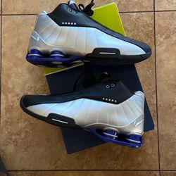 Nike Size 10 Mens Shox Vince Carter Bb4 Brand New for Sale in Ocala,  FL
