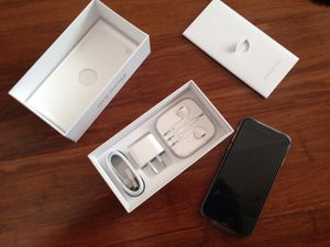 Iphone 6s* Unlocked *32 GB*New*Appple Warranty*Box*Accesories- for Sale in New York, NY
