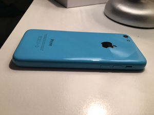 iPhone 5c 16 gb w/cases & charger for Sale in Kingsport, TN