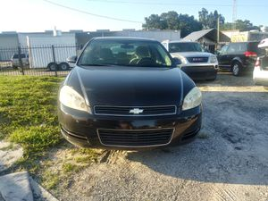 2009 Chevy impala for Sale in Kissimmee, FL