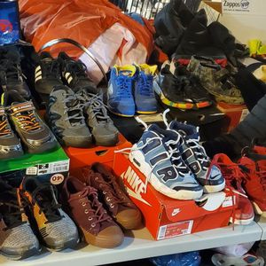 Boys Clothes and Shoes for Sale in New Baltimore, MI