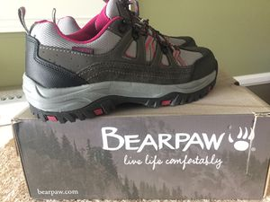 Women's hiking shoes for Sale in Whittier, CA