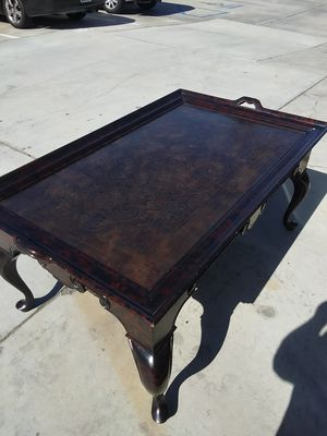 Maitland Smith hand made Walnut coffee table for Sale in Bermuda Dunes, CA