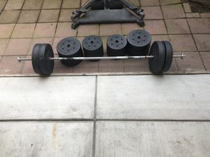 300 lb weight set for Sale in Fresno, CA