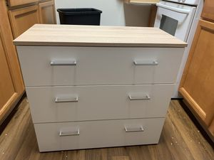 Small dresser Brand new for Sale in Fresno, CA