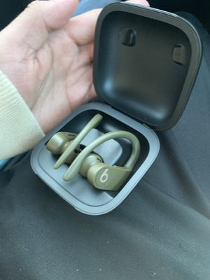 Powerbeats Pro for Sale in Frederick, MD