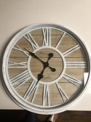 "White Wall Clock 20 "" and Candle Decoration for Sale in Whittier, CA"
