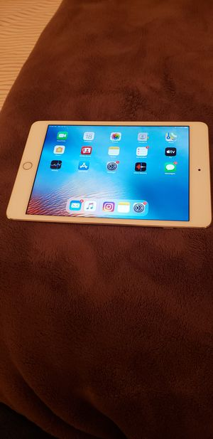 Apple Ipad 4th Generation for Sale in Brooklyn, NY