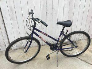 Women's Trek Bike for Sale in Southern View, IL