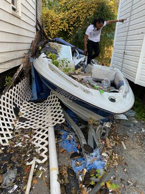 Used need Lil work engine running no key title in hand for boat n trailer for Sale in The Bronx, NY