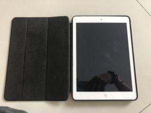 EXCELLENT Condition White Apple iPad Air A1475 WiFi+4G Verizon UNLOCKED ME999 plus cover ! for Sale in Miami, FL