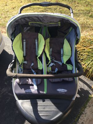 Double Jogging Stroller-InStep Safari for Sale in Herndon, VA